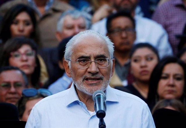 El líder opositor de Bolivia Carlos Mesa