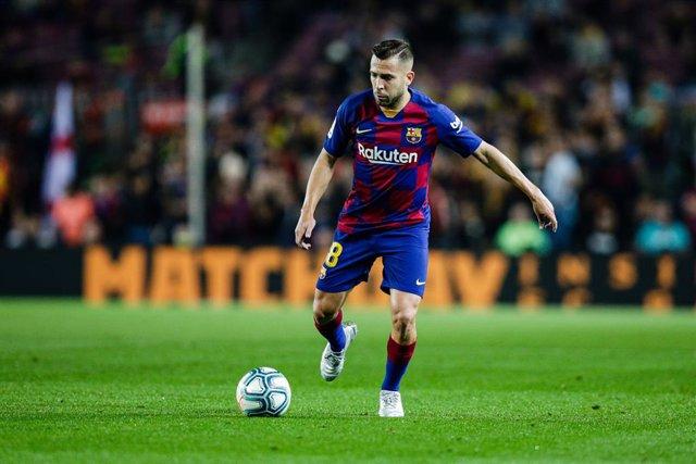 Fútbol/Champions.- Jordi Alba padece molestias en los isquiotibiales de la piern