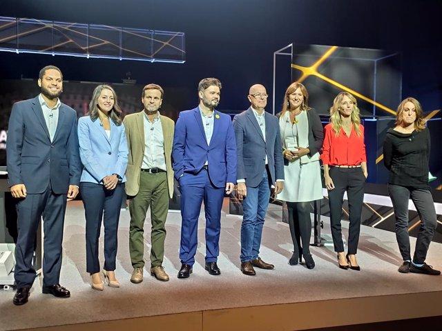 Ignacio Garriga (Vox),  Inés Arrimadas (Cs), Jaume Asens (comuns),  Gabriel Rufián (ERC), José Zaragoza (PSC), Laura Borrs (JxCat), Cayetana Álvarez de Toledo (PP) i Mireia Vehí (CUP) al debat electoral de Tv3