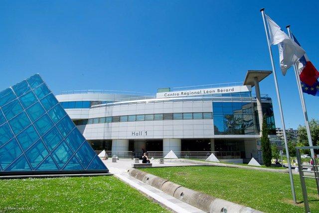 Hitachi and Centre Léon Bérard cancer center to launch a research collaboration