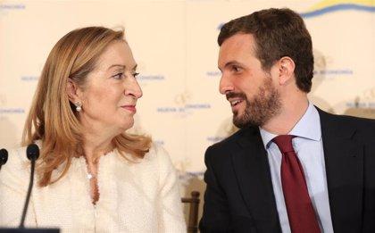 Casado anuncia que Ana Pastor será ministra de nuevo si gobierna como fue con Aznar y Rajoy