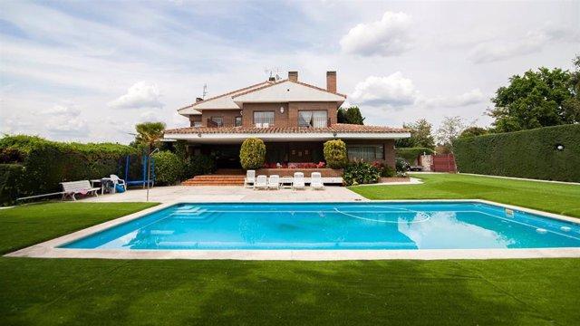 El precio de la vivienda de lujo en España se incrementó un 2% interanual en el tercer trimestre