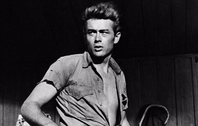 El actor James Dean que murió con sólo 24 años