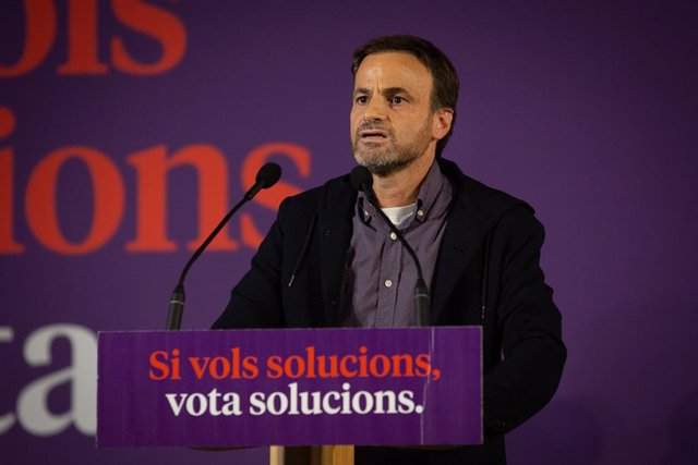 El candidat dels comuns al Congrés per Barcelona, Jaume Asens, durant l'acte central de campanya pel 10N.