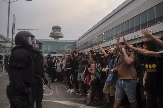 October 14, 2019. Barcelona, Spain: Nine leaders of the Catalan independence movement were jailed on Monday for sedition over their role in a failed independence bid, sparking mass protests across the region. The former deputy president of the region, Ori