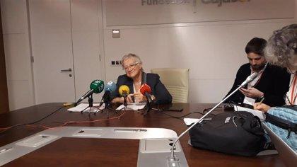 """Paz Battaner, directora del Diccionario, sobre el futuro en papel: """"Hoy nadie compra enciclopedias"""""""