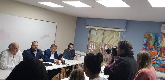 De izquierda a derecha, los opositores venezolanos Eduardo Manresa (Acción Democrática), Sergio Contreras (Voluntad Popular), Ramón López (Primero Justicia) e Ysrrael Camero (Un Nuevo Tiempo).