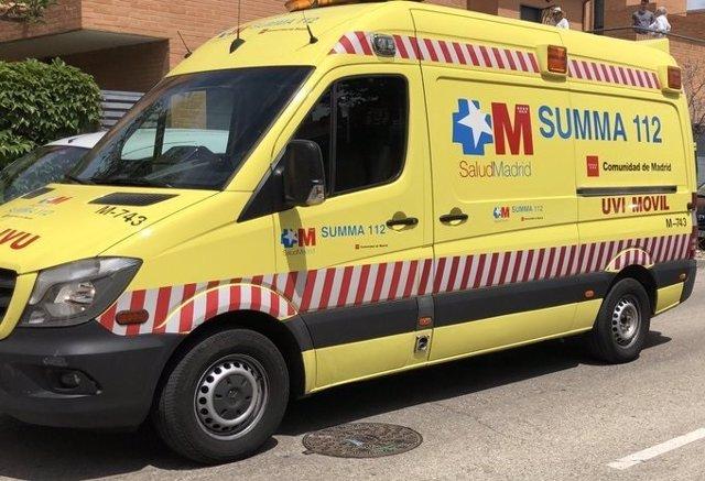 Imagen de recurso de una ambulancia del SUMMA 112.