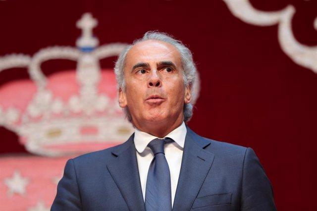 Imagen de archivo del consejero de Sanidad de la Comunidad de Madrid, Enrique Ruiz Escudero.