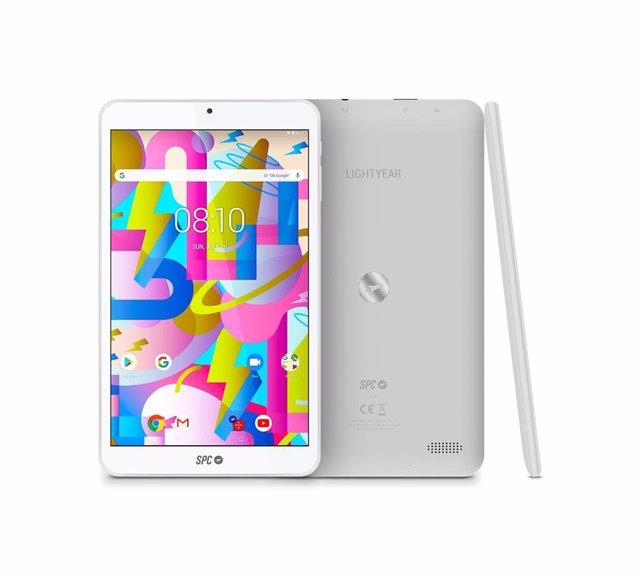 SPC presenta Lightyear, una 'tablet' para jóvenes que quieran jugar y disfrutar