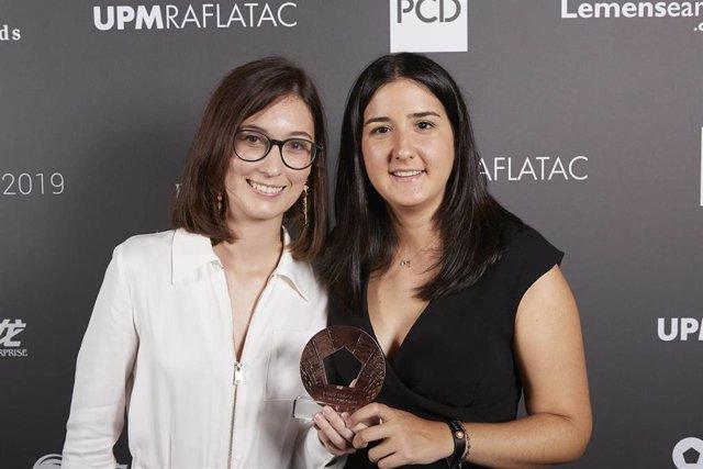Las alumnas de la ESDIR Carlota Carrillo y Mercè Puig, ganadoras de dos Pentawards de Bronce