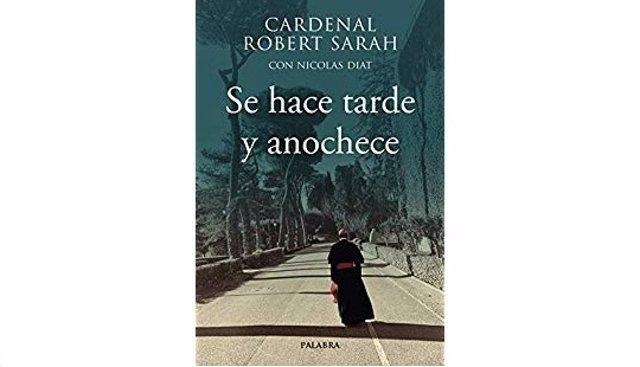 """Cardenal Sarah: """"He dedicado mi libro al Papa y la gente continúa diciendo que e"""