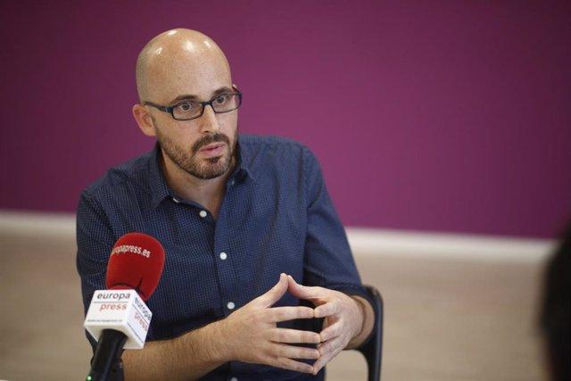 El secretario de Economía de Podemos, Nacho Álvarez, durante una entrevista con Europa Press