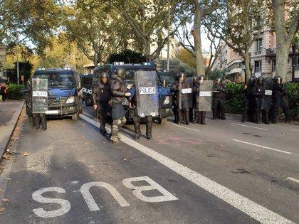 El Supremo ordena a Interior y a la Junta Electoral tomar medidas para que policías desplazados a Cataluña puedan votar