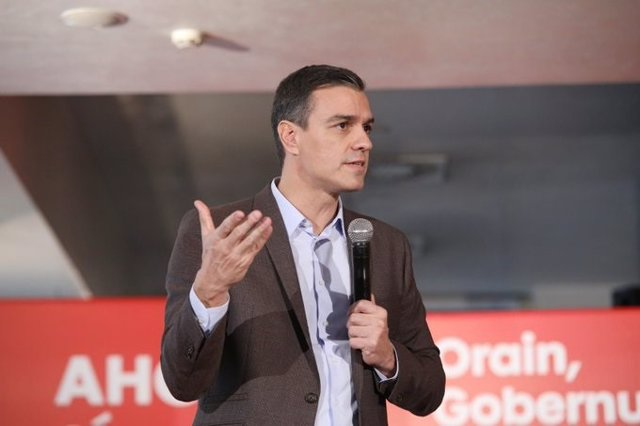 El líder del PSOE, Pedro Sánchez, en un míting a Vitria de la campanya electoral del 10 de novembre.