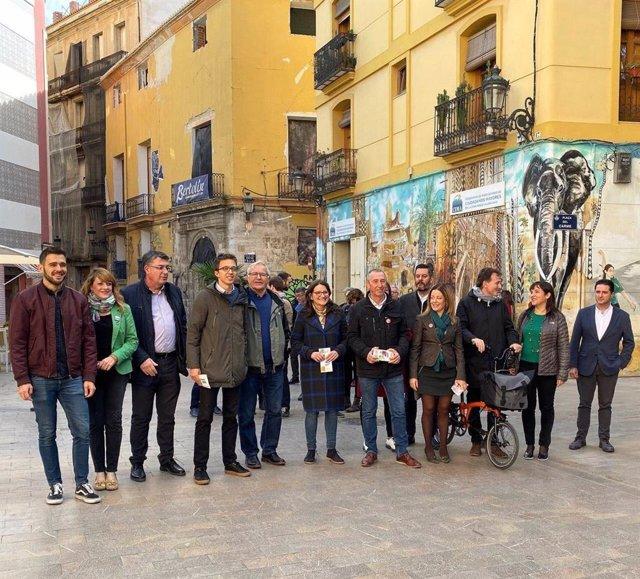Cierre de campaña de Més Compromís en València, con Íñigo Errejón.
