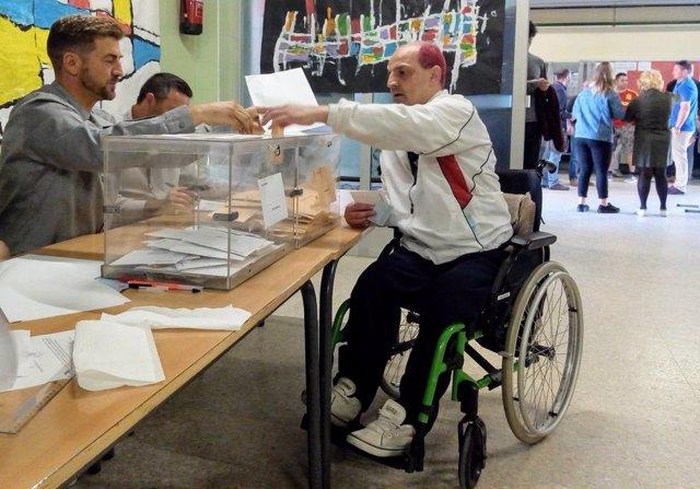 Tomás es una persona con discapacidad intelectual que votó por primera vez el pasado 28A