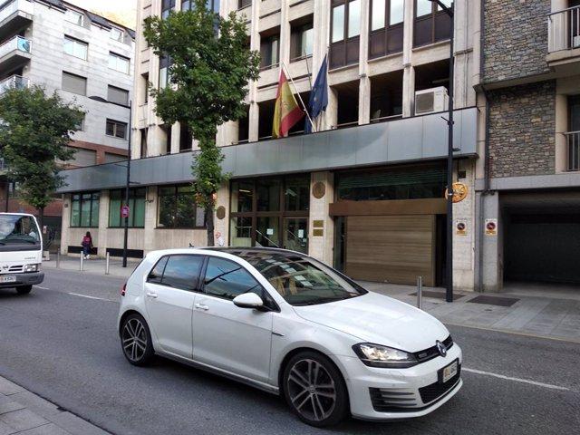 L'edifici que alberga l'Ambaixada i el Consolat General d'Espanya a Andorra