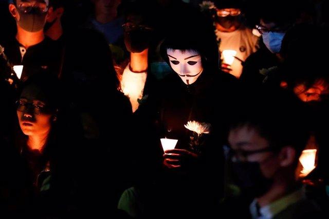 Velatorio en Hong Kong por la muerte de Chow Tsz Lok