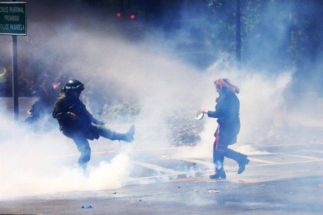 Chile.- Expertos de la ONU denuncian excesos de las fuerzas de seguridad chilena