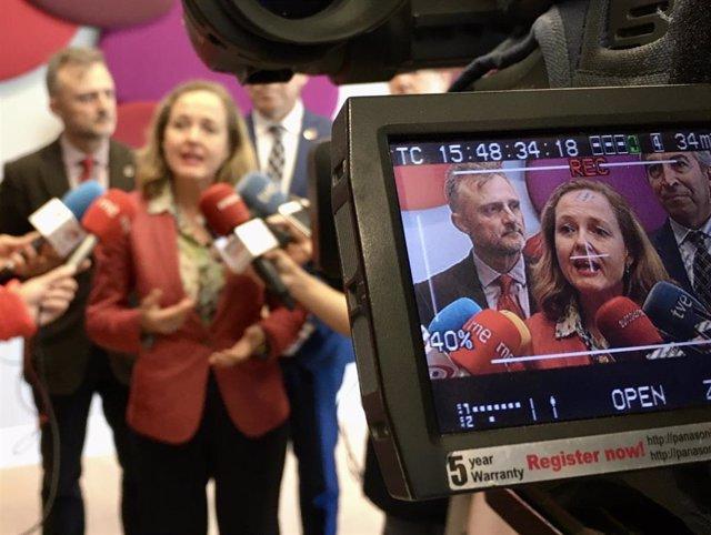La ministra d'Economia en funcions, Nadia Calviño, aquest divendres a Sevilla, on s'ha reunit amb empresaris.
