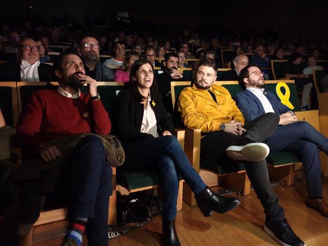 Roger Torrent, Marta Vilalta,  Gabriel Rufián i Pere Arago ès en el míting final de la campanya d'ERC