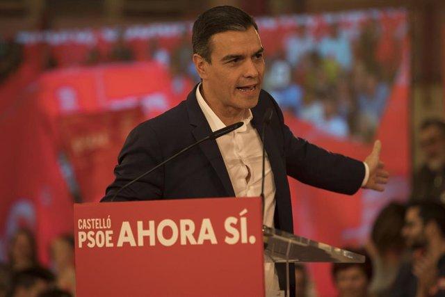 El secretario del PSOE y presidente en funciones del Gobierno, Pedro Sánchez interviene durante un acto en Castellón (España), a 7 de noviembre de 2019