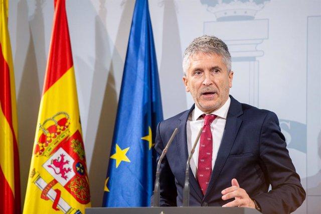 El ministre de l'Interior en funcions, Fernando Grande-Marlaska, ofereix una roda de premsa durant la seva visita a Barcelona, a Barcelona (Espanya) el 19 d'octubre de 2019.