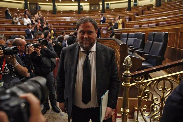 El pres diputat Oriol Junqueras al Congrés dels Diputats després de la sessió constitutiva de la Cambra Baixa.