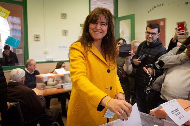 Laurà Borràs (JxCat) acudeix a votar