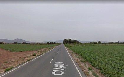 Fallece un joven de 18 años al salirse de la vía y volcar su coche en Villena (Alicante)