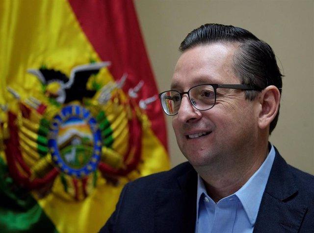 El senador opositor Óscar Ortiz en La Paz