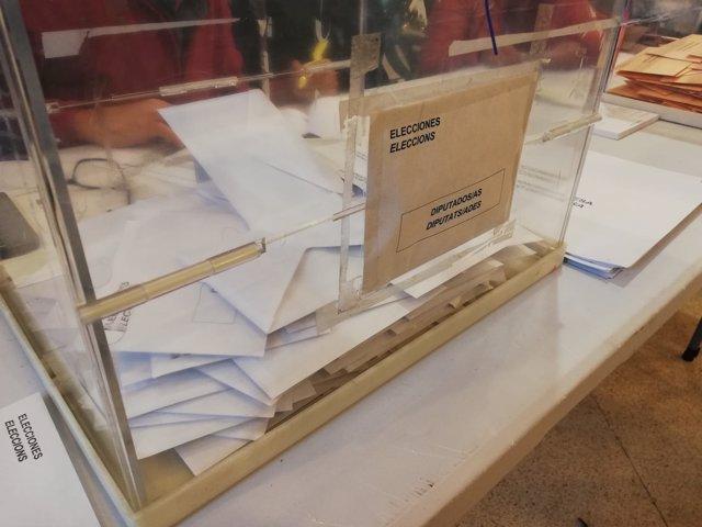 Imagen de Recurso. Elecciones generales 10 de noviembre. 10N. Urnas. Sobres.