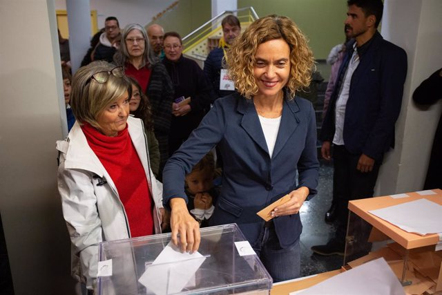Meritxell Batet (PSC) acudeix a votar