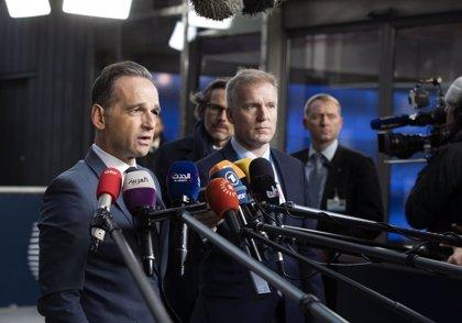Irán.- Los titulares de Exteriores alemán, británico y galo se reúnen en París para hablar del acuerdo nuclear iraní