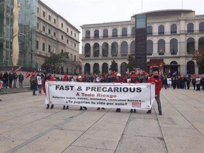 """CCOO lanza una campaña contra la """"precariedad"""" laboral de trabajadores del sector de la comida rápida"""