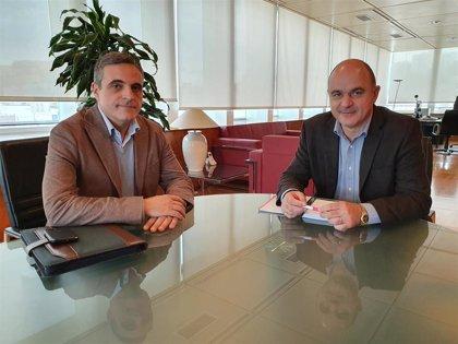 """Ibiza pide al senador Marí Bosó que exprese al Gobierno la """"necesidad"""" de mantener el 75% del descuento de residente"""