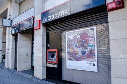 Kutxabank abrirá hasta 50 oficinas por las tardes de lunes a jueves, tras un acuerdo con la mayoría sindical