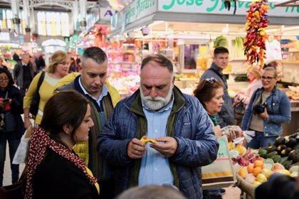 El chef José Andrés, reconocido por València como Embajador Internacional de la Paella