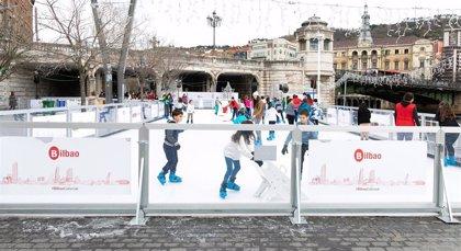 """Bilbao contará esta navidad con la pista de hielo ecológico """"más grande de todo el Estado"""", con 800 m2"""