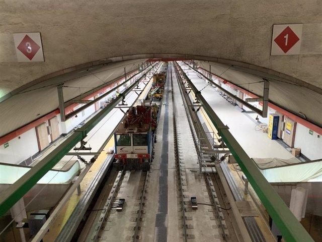 Imagen de la estación de Recoletos durante las obras de remodelación del túnel ferroviario a su paso.