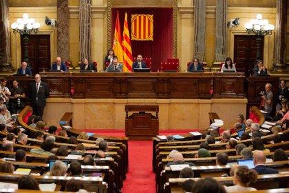 El Parlament votará este martes una moción sobre autodeterminación que el Gobierno llevó al TC