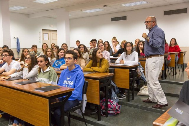 Club de la Ciencia de la Universidad de Navarra