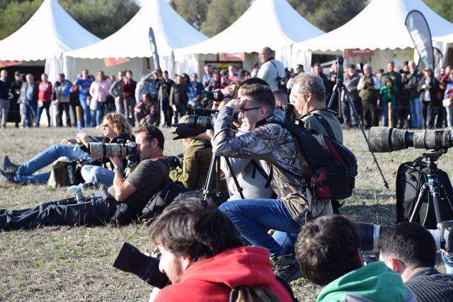 Más de 5.000 asistentes acuden a la II feria internacional de fotografía de naturaleza 'CádizPhotoNature'