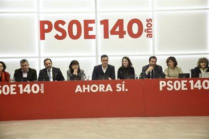 Sánchez no desvela su estrategia y pide un voto de confianza a la Ejecutiva del PSOE