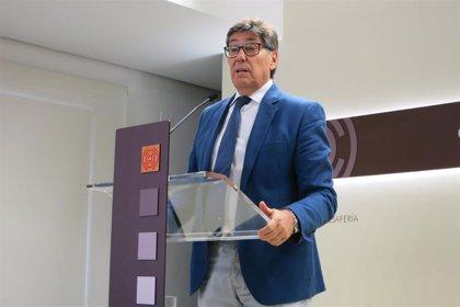 """Aliaga (PAR) pide a los partidos del Congreso """"generosidad"""" para propiciar un Gobierno """"centrado y transversal"""""""