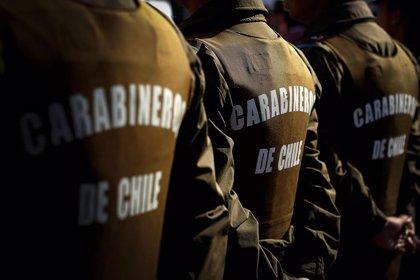 Chile.- Carabineros de Chile dispersa a miles de manifestantes en una nueva jornada de protestas en la Plaza Italia