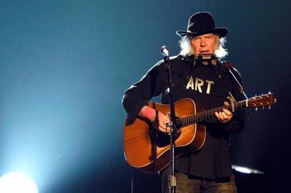 Neil Young cumple 74 años: Su vida en 6 canciones