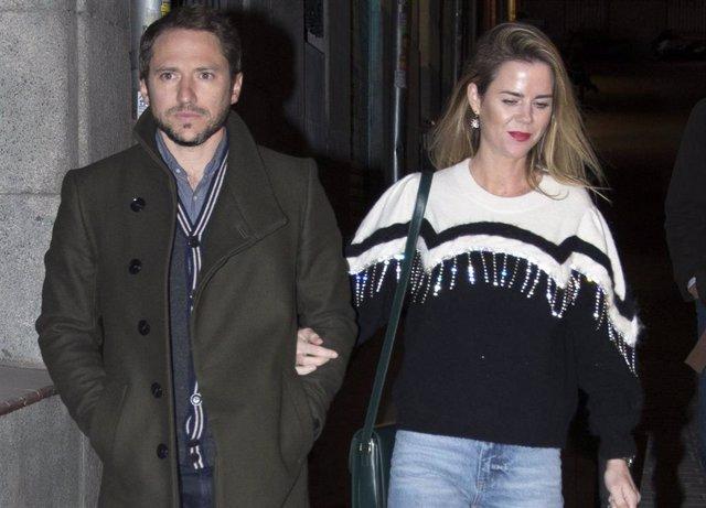 Amelia Bono sale a cenar con su marido y con su hermano y futuro marido