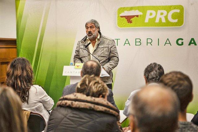El alcalde de Valderredible, el regionalista Fernando Fernández